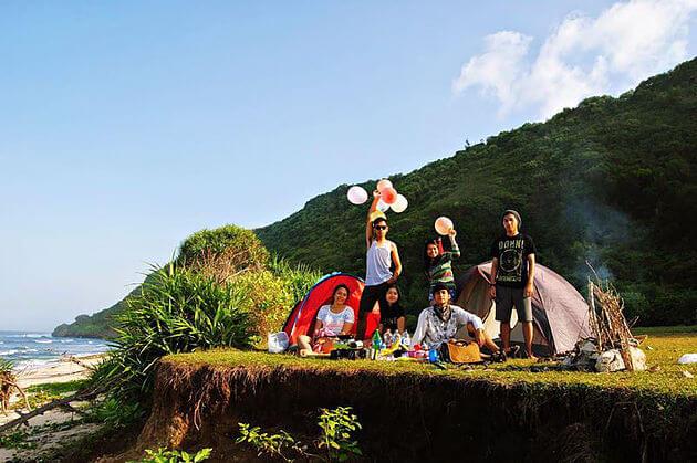 tempat camping di bali nyang-nyang